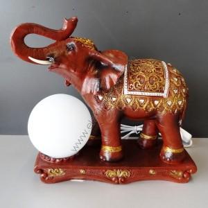 настолна лампа слон